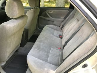 2000 Toyota Camry LE Ravenna, Ohio 6