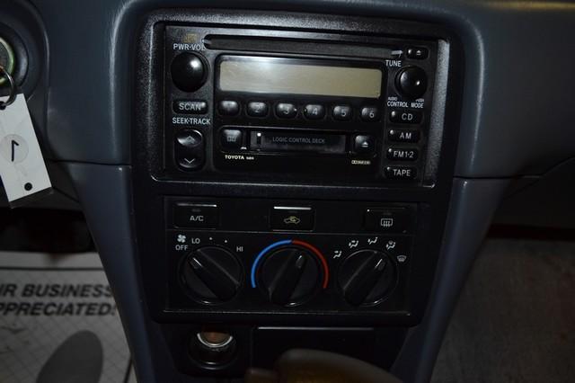 2000 Toyota Camry LE Roscoe, Illinois 14