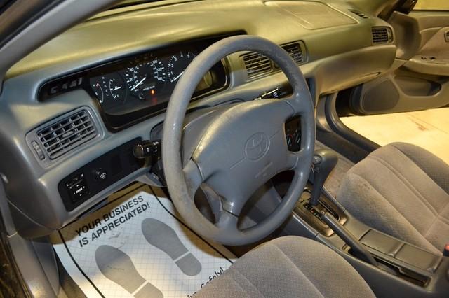 2000 Toyota Camry LE Roscoe, Illinois 15