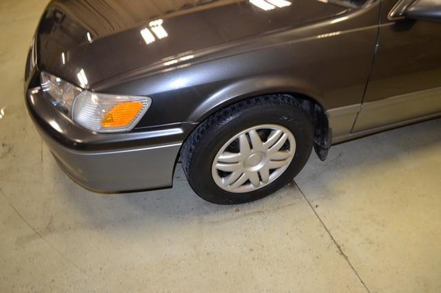 2000 Toyota Camry LE Roscoe, Illinois 7