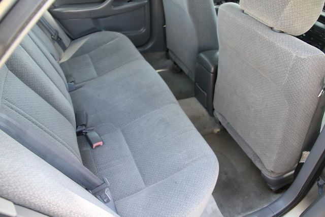 2000 Toyota Camry LE Santa Clarita, CA 17