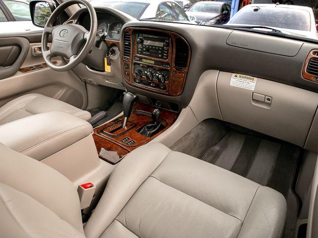 2000 Toyota Land Cruiser Burbank, CA 13
