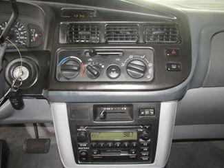 2000 Toyota Sienna LE Gardena, California 6