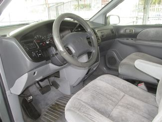 2000 Toyota Sienna LE Gardena, California 4