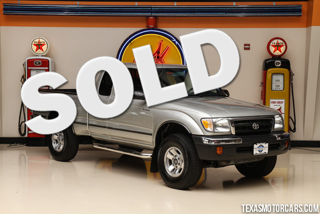 2000 Toyota Tacoma This Clean Carfax 2000 Toyota Tacoma is in great shape with 229 417 miles The