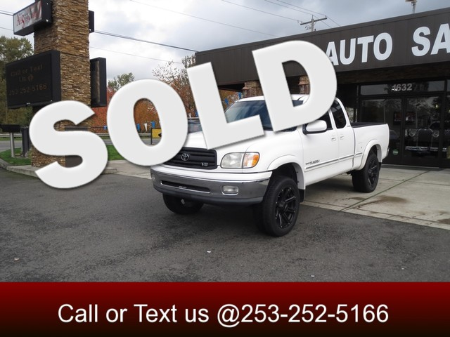 2000 Toyota Tundra Limited The CARFAX Buy Back Guarantee that comes with this vehicle means that y