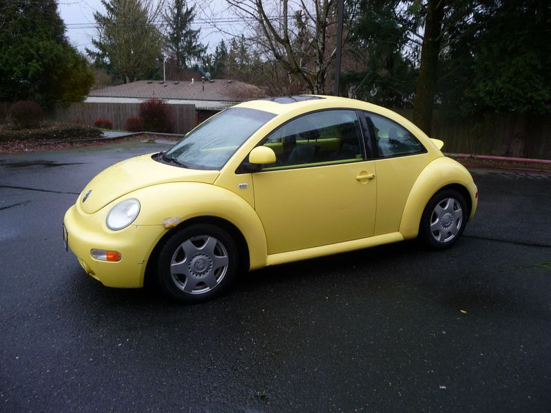 2000 Volkswagen New Beetle GLX | Portland, OR | Price is Right Oregon in Portland OR