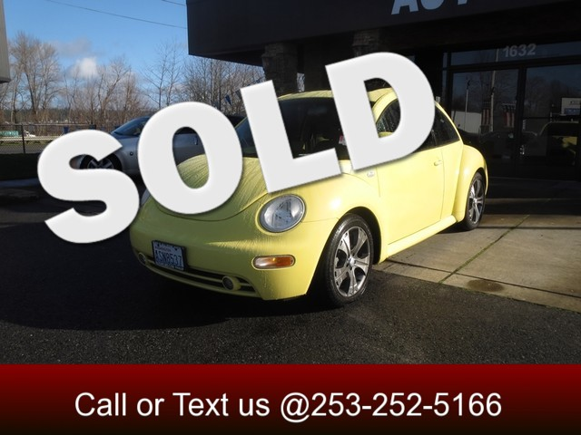 2000 Volkswagen New Beetle GLS What a great car It just makes you SMILE Youll quickly appreciat