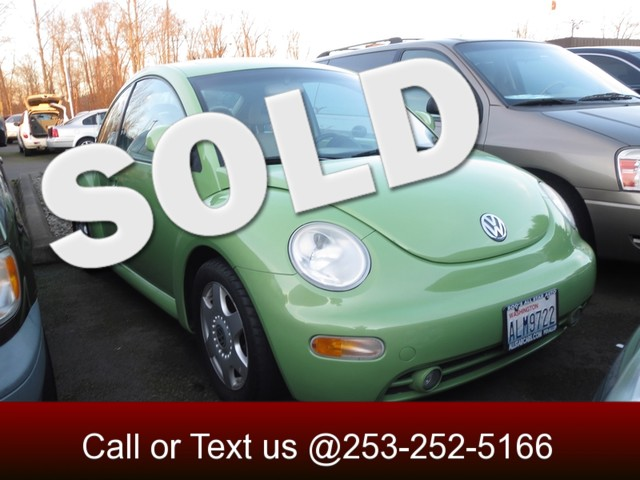 2000 Volkswagen New Beetle GLX The CARFAX Buy Back Guarantee that comes with this vehicle means tha