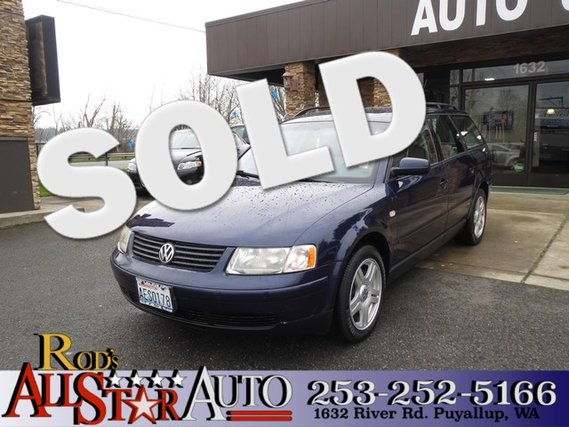 2000 Volkswagen Passat 4Motion GLX AWD Come check out this all wheel drive German built wagon Our