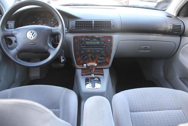 2000 Volkswagen Passat GLS Santa Clarita, CA 7