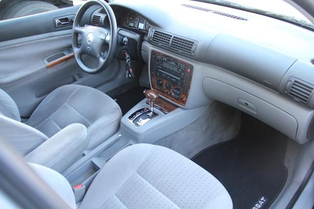 2000 Volkswagen Passat GLS Santa Clarita, CA 9