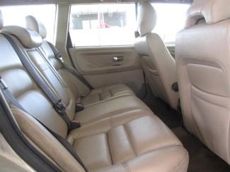 2000 Volvo V70 Gardena, California 12