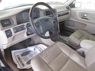 2000 Volvo V70 Gardena, California 4