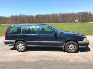 2000 Volvo V70 Ravenna, Ohio 4