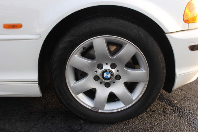 2001 BMW 325Ci RWD - PREMIUM PKG! - 5SP MANUAL! Mooresville , NC 40
