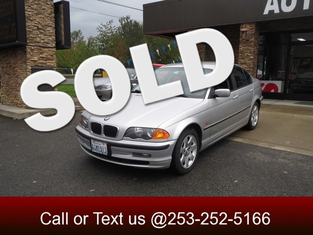 2001 BMW 325i The CARFAX Buy Back Guarantee that comes with this vehicle means that you can buy wi