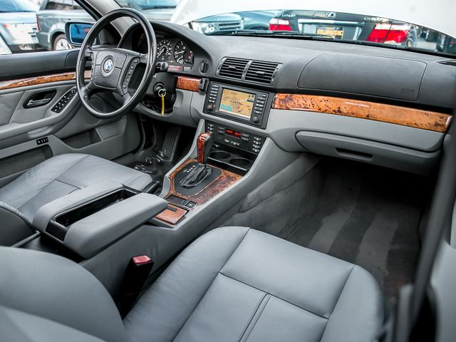 2001 BMW 525i 525iAT Burbank, CA 11