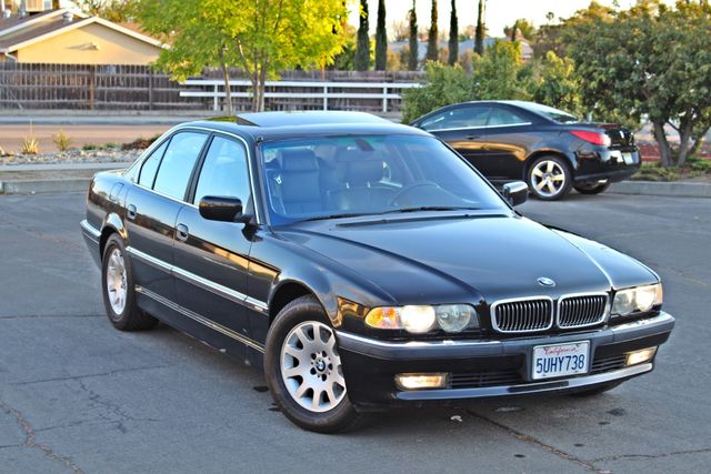 2001 BMW 740i SEDAN AUTOMATIC ONLY 71K ORIGINAL MLS NAVIGAION XENON NEW TIRES Woodland Hills, CA 8