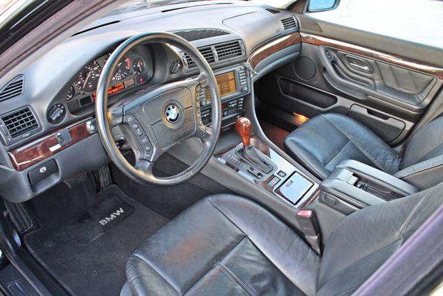2001 BMW 740i SEDAN AUTOMATIC ONLY 71K ORIGINAL MLS NAVIGAION XENON NEW TIRES Woodland Hills, CA 13