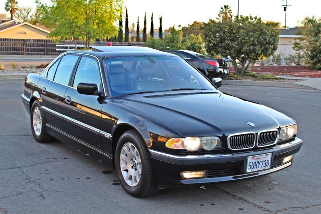 2001 BMW 740i SEDAN AUTOMATIC ONLY 71K ORIGINAL MLS NAVIGAION XENON NEW TIRES Woodland Hills, CA 32