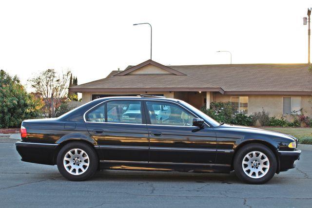 2001 BMW 740i SEDAN AUTOMATIC ONLY 71K ORIGINAL MLS NAVIGAION XENON NEW TIRES Woodland Hills, CA 7