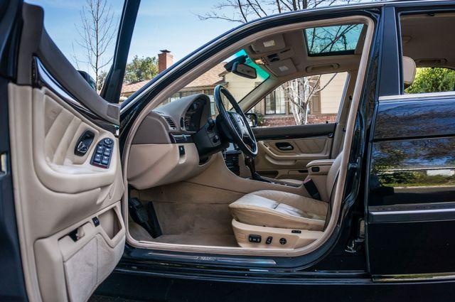 2001 BMW 740iL Reseda, CA 35
