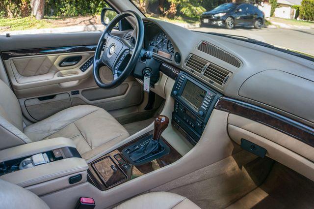 2001 BMW 740iL Reseda, CA 32