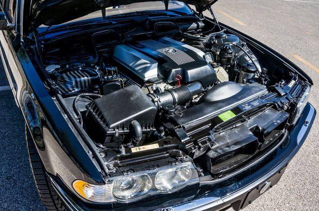 2001 BMW 740iL Reseda, CA 39