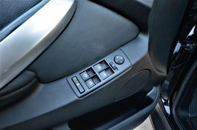 2001 BMW X5 4.4i Reseda, CA 37