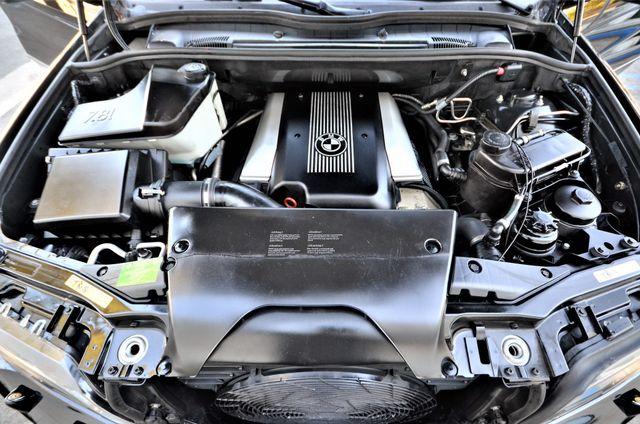 2001 BMW X5 4.4i Reseda, CA 40