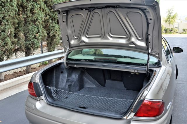 2001 Buick LeSabre Limited Reseda, CA 18