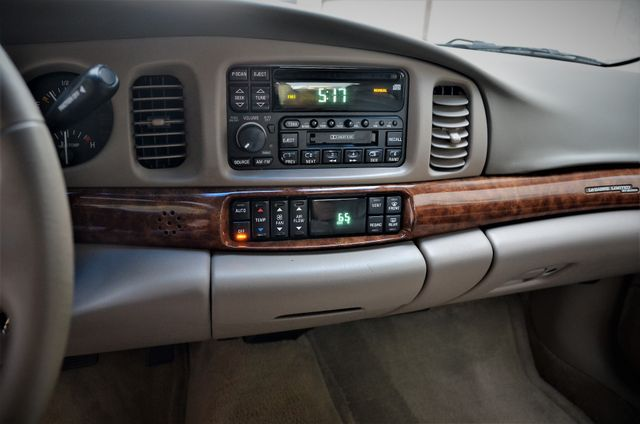 2001 Buick LeSabre Limited Reseda, CA 21