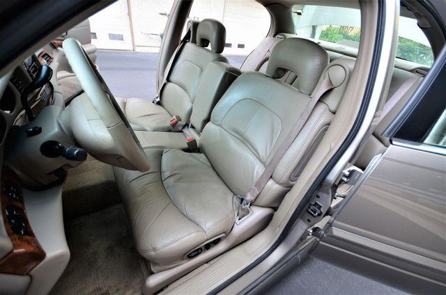 2001 Buick LeSabre Limited Reseda, CA 34