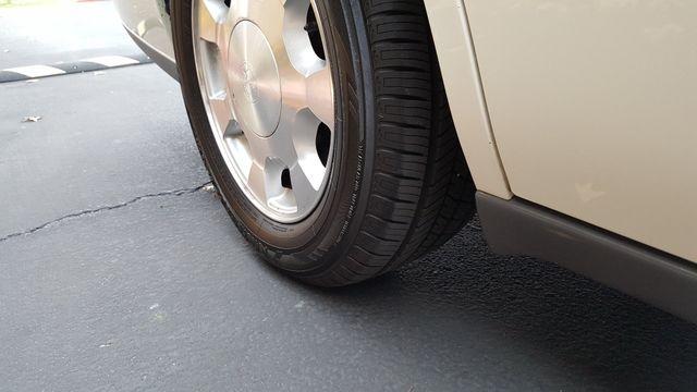 2001 Cadillac DeVille DTS Arlington, Texas 13