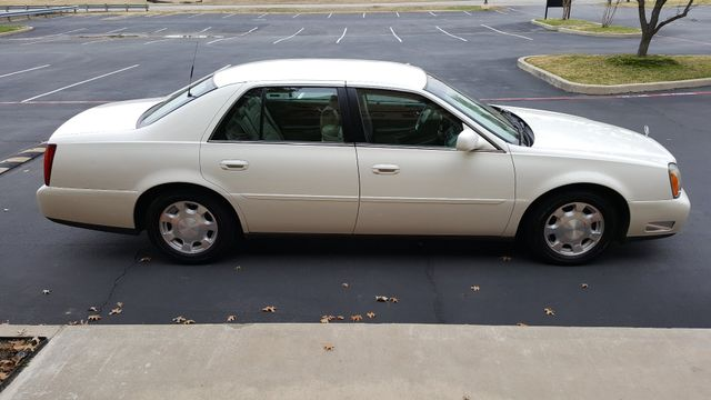 2001 Cadillac DeVille DTS Arlington, Texas 6