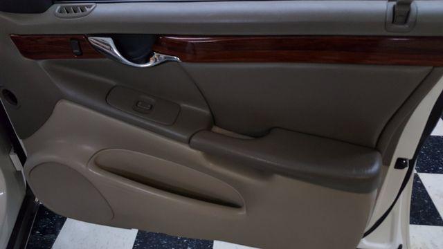 2001 Cadillac DeVille DTS Arlington, Texas 27