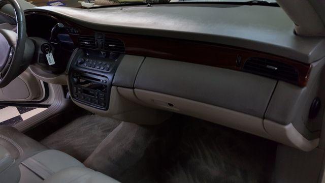 2001 Cadillac DeVille DTS Arlington, Texas 29