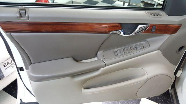 2001 Cadillac DeVille DTS Arlington, Texas 11