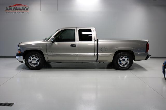 2001 Chevrolet Silverado 1500 LS Merrillville, Indiana 30