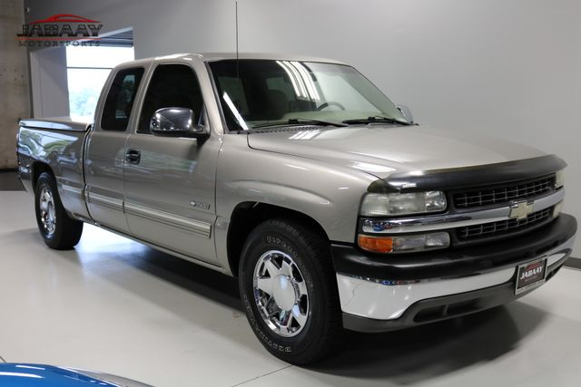 2001 Chevrolet Silverado 1500 LS Merrillville, Indiana 6