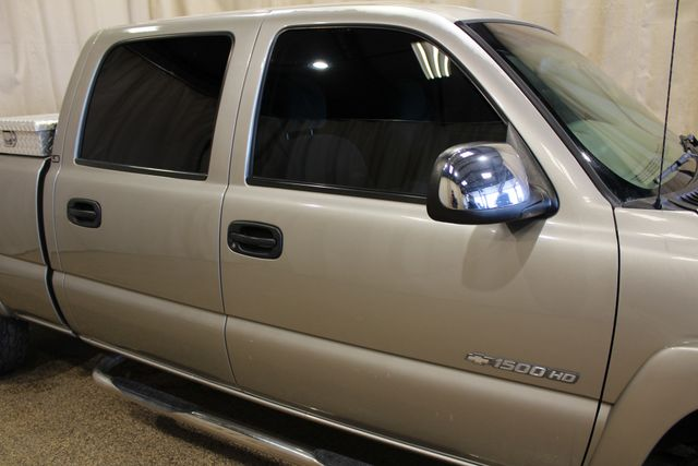 2001 Chevrolet Silverado 1500HD LS Roscoe, Illinois 10