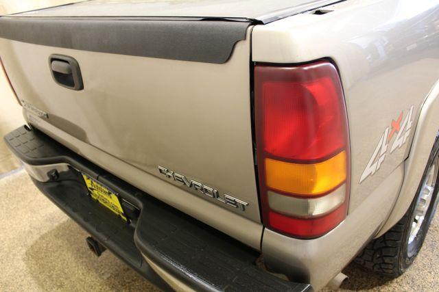 2001 Chevrolet Silverado 1500HD LS Roscoe, Illinois 3