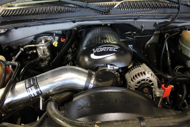 2001 Chevrolet Silverado 1500HD LS Roscoe, Illinois 32