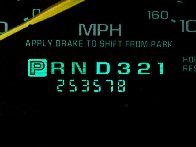 2001 Chevrolet Silverado 2500HD LS Burbank, CA 27