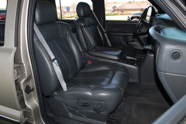 2001 Chevrolet Silverado 3500 LS Crew Cab Long Bed - 4x4 - LEATHER BUCKETS Mooresville , NC 13