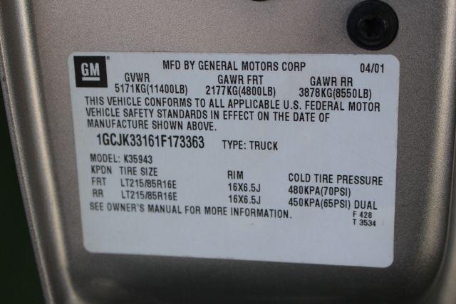 2001 Chevrolet Silverado 3500 LS Crew Cab Long Bed - 4x4 - LEATHER BUCKETS Mooresville , NC 46