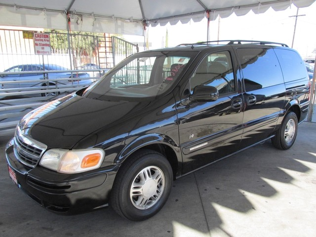 2001 Chevrolet Venture Warner Bros 1SE Please call or e-mail to check availability All of our ve