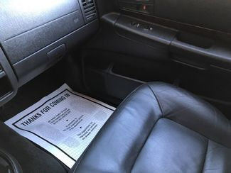 2001 Dodge-3 Owner!! 3rd Row! Leather!! Showroom!! Durango-4X4!! BUY HERE PAY HERE!!! SLT Plus-CARMARTSOUTH.COM Knoxville, Tennessee 24