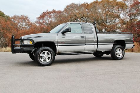 2001 Dodge Ram 2500 SLT - 4x4 in Liberty Hill , TX